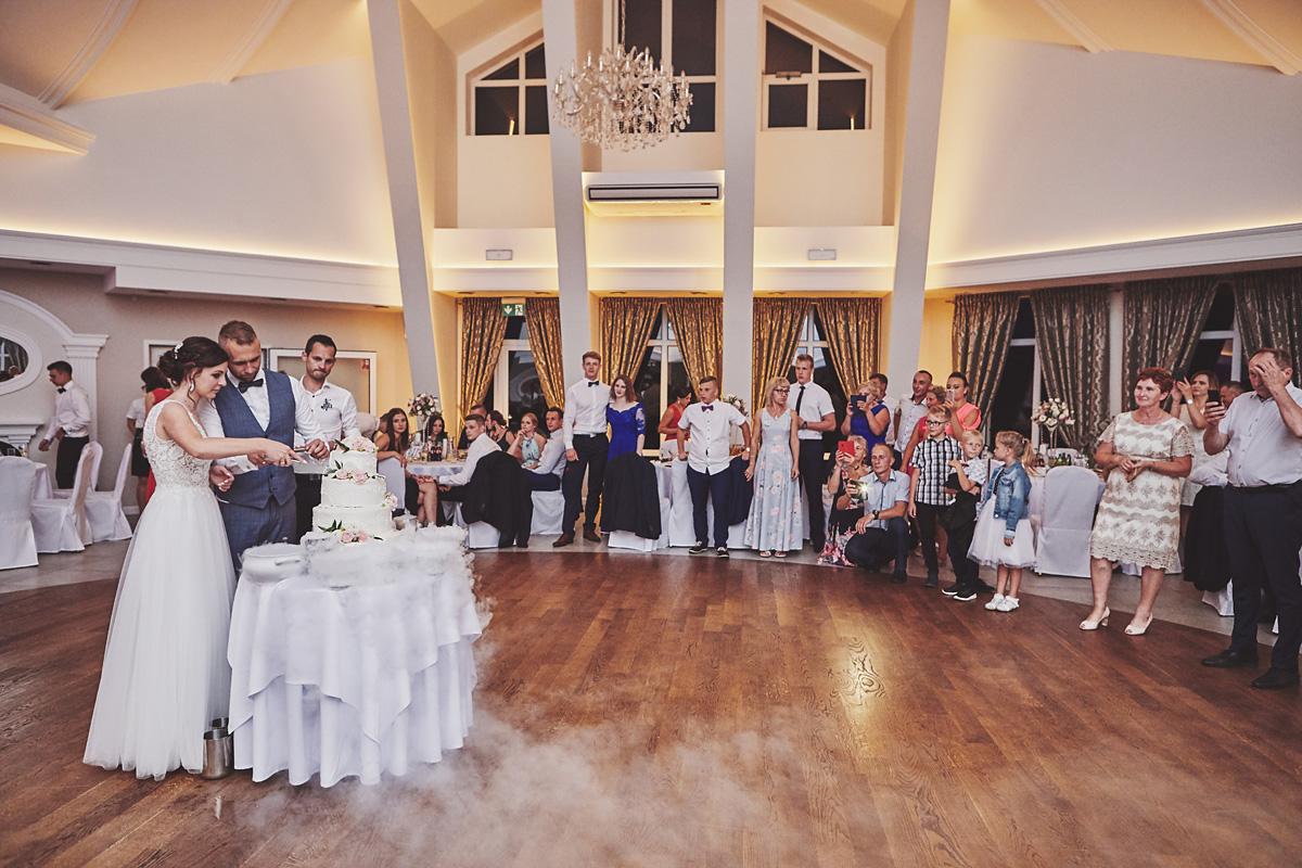Skrót z reportażu ślubnego w Dworku Broniszówka 104