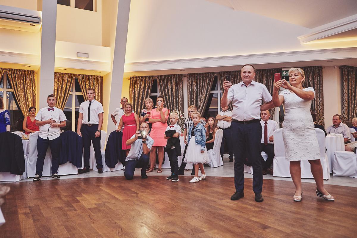 Skrót z reportażu ślubnego w Dworku Broniszówka 105