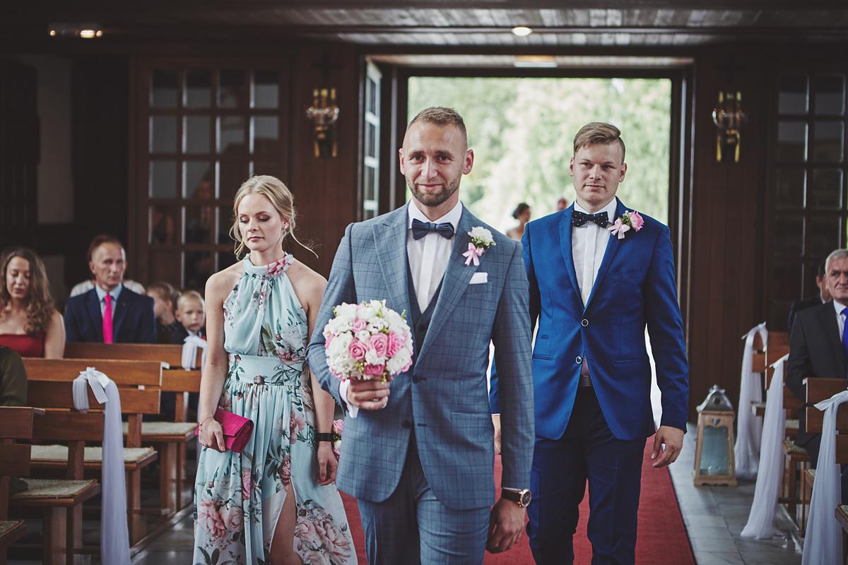 Skrót z reportażu ślubnego w Dworku Broniszówka 43