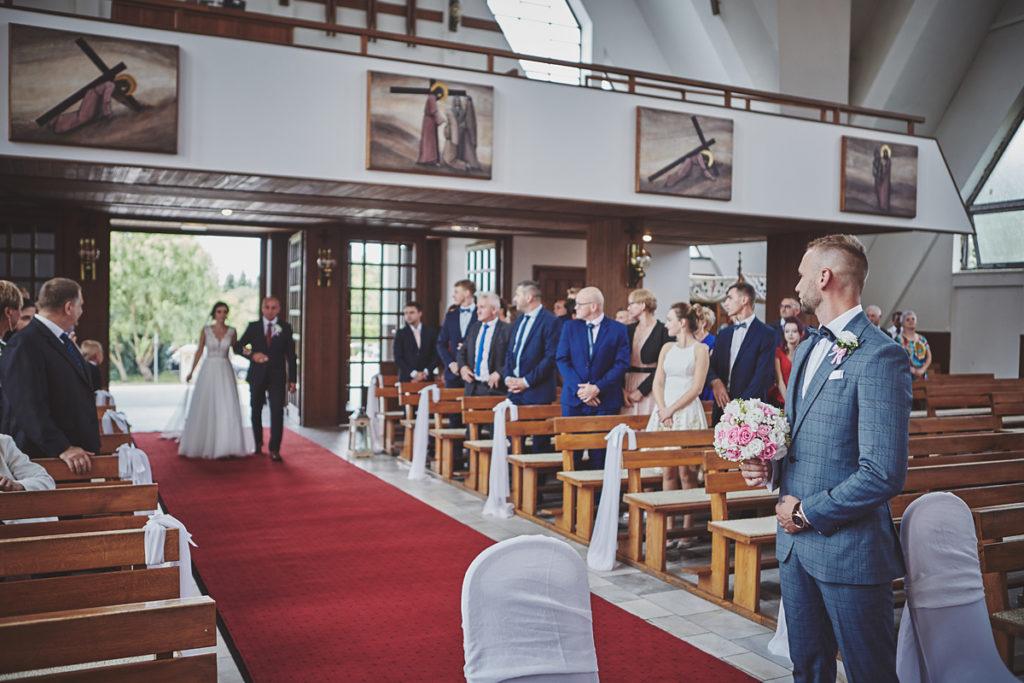 Skrót z reportażu ślubnego w Dworku Broniszówka 44