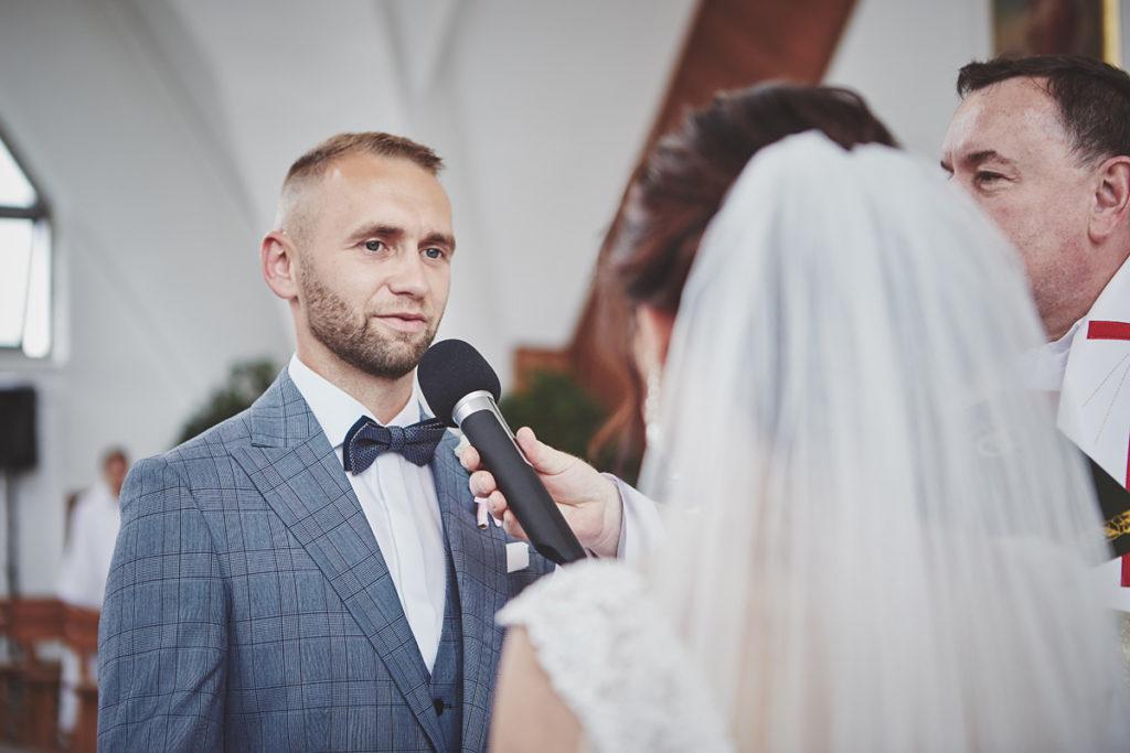Skrót z reportażu ślubnego w Dworku Broniszówka 53