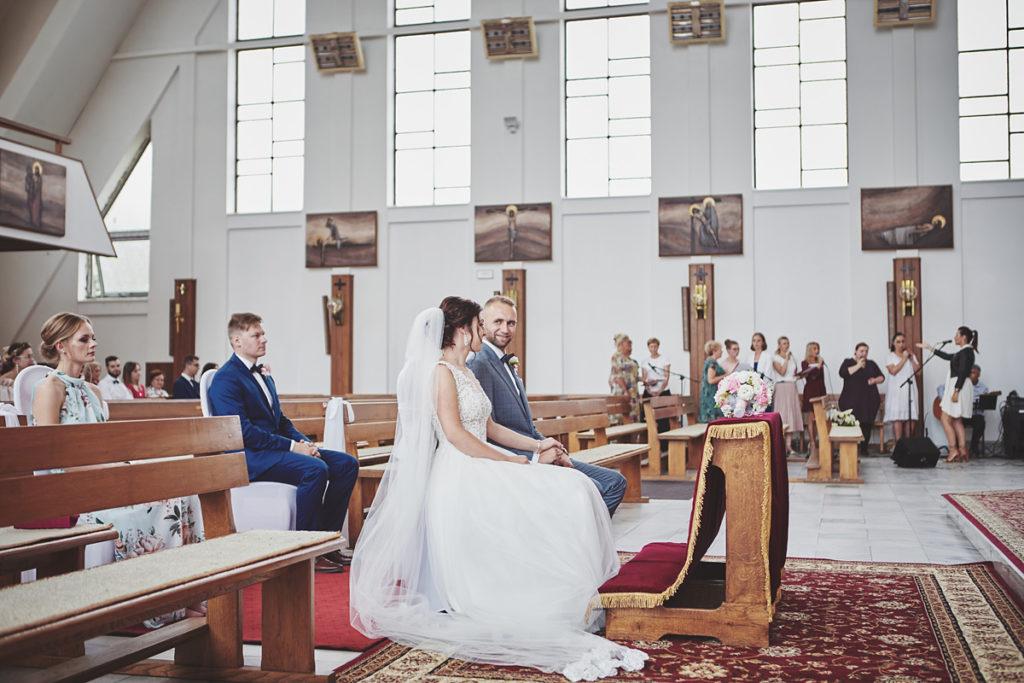 Skrót z reportażu ślubnego w Dworku Broniszówka 61