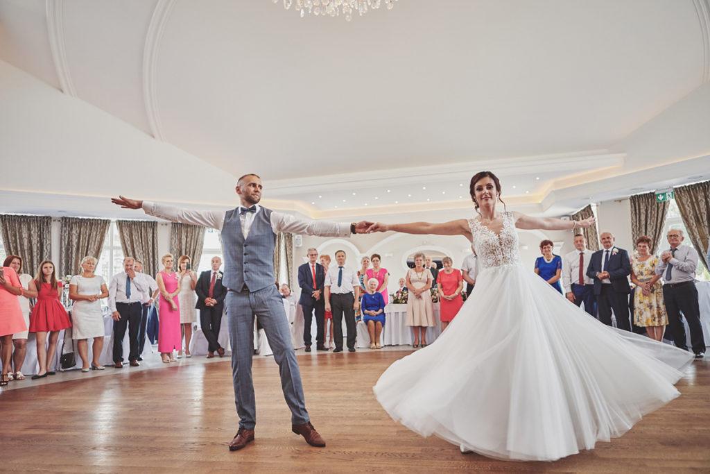 Skrót z reportażu ślubnego w Dworku Broniszówka 82