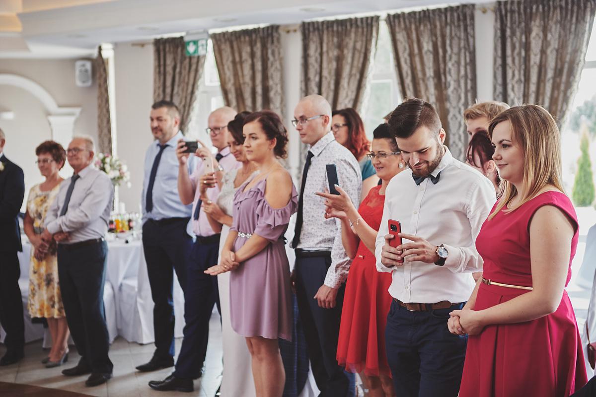 Skrót z reportażu ślubnego w Dworku Broniszówka 83