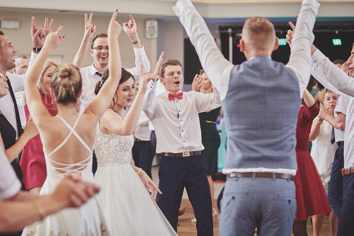 Skrót z reportażu ślubnego w Dworku Broniszówka 87