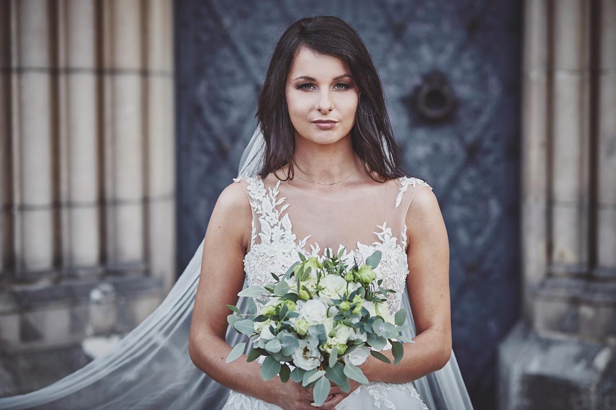 Plener ślubny na zamku w Mosznej 14