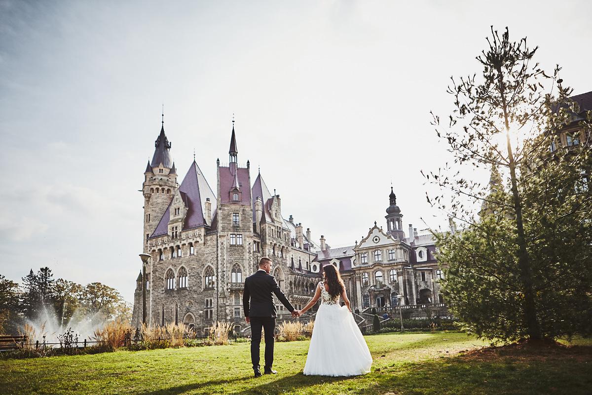 Plener ślubny na zamku w Mosznej 27