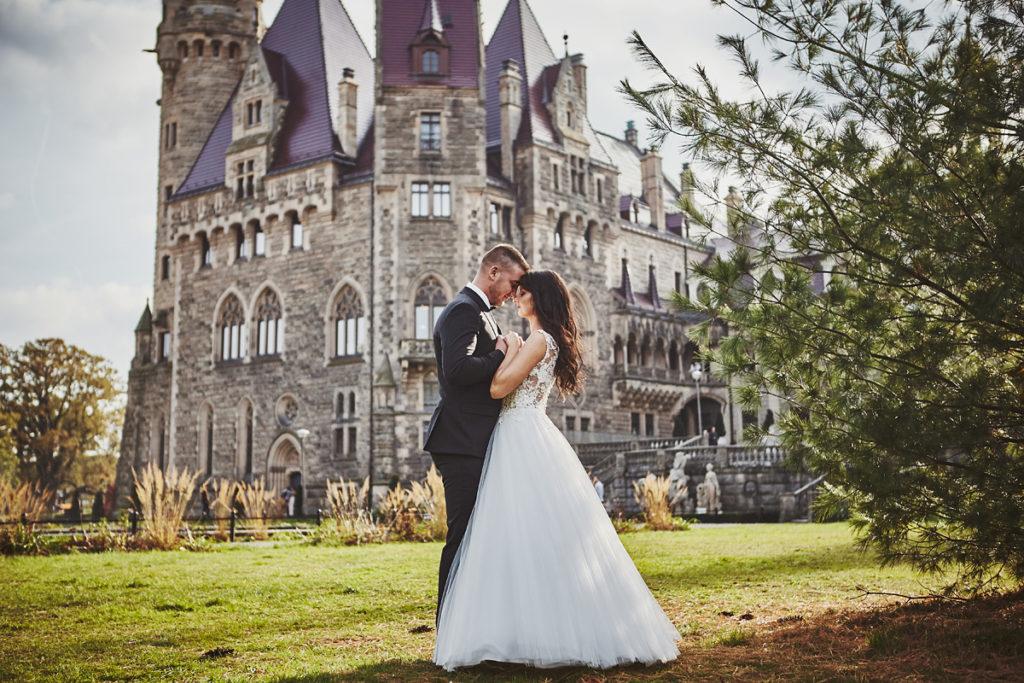 Plener ślubny na zamku w Mosznej 28