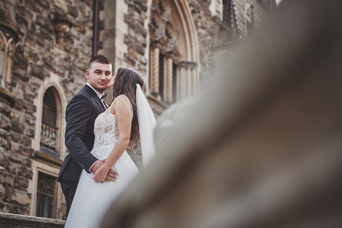Plener ślubny na zamku w Mosznej 35