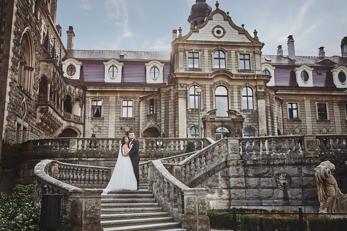Plener ślubny na zamku w Mosznej 39