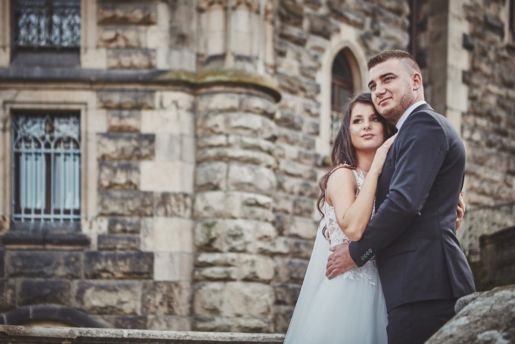 Plener ślubny na zamku w Mosznej 41
