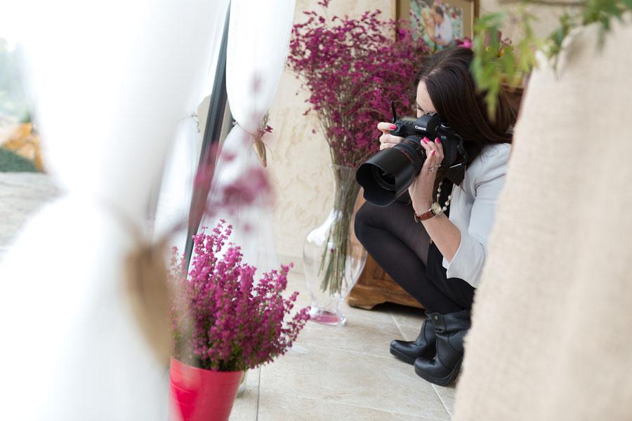jak pracuje fotograf ślubny